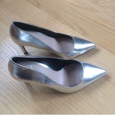 Zara Shoes - PUMP COURT HIGH HEEL LEATHER SHOE ZARA SILVER