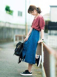 Long Skirt Fashion, Modest Fashion, Fashion Outfits, Japan Fashion, Look Fashion, Korean Fashion, Moda Outfits, Denim Skirt Outfits, Simple Outfits