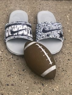 Customize your own sandals with a SprinkleMyFeet birthday party! Nike Flip Flops, Sweet 16 Gifts, Bling Shoes, Embellished Sandals, Cute Shoes, Cowboys, Designer Shoes, Sprinkles, Personalized Gifts