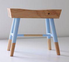 Alvo Stool by urbancase - Design Milk Painted Stools, Wooden Stools, Low Stool, Bench Stool, Design Furniture, Modern Furniture, Refinished Furniture, Interiores Design, Modern Interior
