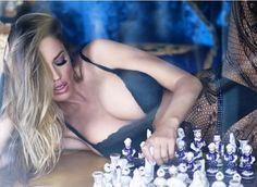 Pasión Ajedrez: ¡Jaque mate! Las rubia prodigio del ajedrez te deja sin aliento