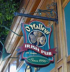 signs of seattle Metal Signage, Shop Signage, Signage Design, Carved Wood Signs, Painted Signs, Wooden Signs, Pub Signs, Beer Signs, Cool Basement Ideas