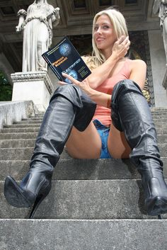 hot women and leather boots,redheads. Sexy Boots, Cool Boots, Black Leather Gloves, Leather Pants, Thigh High Boots, Over The Knee Boots, Stiletto Boots, Chic, Thigh Highs