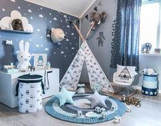 22 Beautiful Montessori Bedroom Inspiration for Your Favorite Children Baby Boy Room Decor, Baby Room Design, Baby Bedroom, Baby Boy Rooms, Nursery Room, Girl Room, Kids Bedroom, Boys Bedroom Furniture, Toddler Rooms