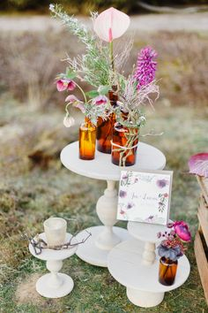 Romantische Boho-Hochzeitsinspiration in leuchtenden Beerenfarben Irina & Chris Photography  http://www.hochzeitswahn.de/inspirationsideen/romantische-boho-hochzeitsinspiration-in-leuchtenden-beerenfarben/ #boho #bohemian #decor