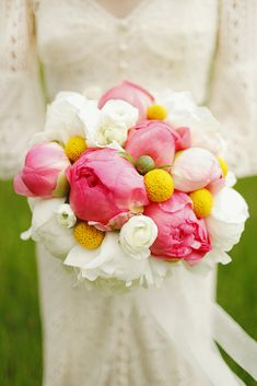 Holy Billy Balls, that is a gorgeous bouquet. What are Billy Balls, you ask? Well read on, BABsters, and improve your floral literacy exponentially. Peony Bouquet Wedding, Peonies Bouquet, Floral Wedding, Wedding Flowers, White Ranunculus, White Peonies, Bridal Bouquets, Billy Balls, Wedding Advice