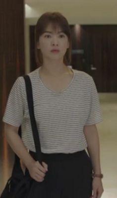 Descendants Of The Sun Kdrama: Song Hye Kyo as Kang Mo Yeon