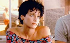 Lori Petty Tank Girl, Point Break And Short Hairstyles Pictures Point Break Movie, Lori Petty, Jamie Hewlett Art, Cool Girl Style, Undercut Pixie, Tilda Swinton, Cult Movies, Tank Girl, Ruby Rose
