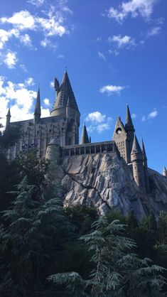 Hogwarts castle in universal studios in Florida Hogwarts-Schloss in den Universalstudios in Florida Harry Potter Pictures, Harry Potter Facts, Harry Potter Quotes, Harry Potter World, Harry Potter Hogwarts, Harry Potter Fandom, Natur Wallpaper, Fans D'harry Potter, Harry Potter Background