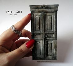 Old door - paper tutorial (nice step by step pics but not in English)
