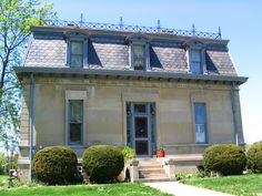 Mansard Roof; How to Build and Its Advantages & Disadvantages