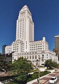 L.A. City Council Outlaws Medical Marijuana Dispensaries, Ruins Major Perk of Living in Los Angeles | Weedist