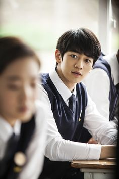 """Canola – Grandmother Gye Choon"" starring SHINee's Minho and Kim Go Eun set for May premiere - http://www.kpopvn.com/canola-grandmother-gye-choon-starring-shinees-minho-and-kim-go-eun-set-for-may-premiere/"
