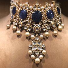 Stunning Shell jewelry diy,Spoon jewelry diy and Beautiful jewelry my style. Indian Jewelry Sets, Indian Wedding Jewelry, Bridal Jewelry, Gold Jewelry, Jewelry Tree, Jewelry Scale, Jewelry Necklaces, Fine Jewelry, Yellow Jewelry