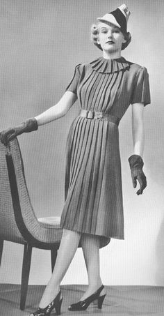 1930s Knitted Pleated Vintage Town Dress Pattern PDF 3908