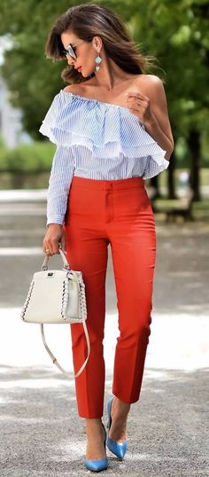 Photo Summer office style obsession : one shoulder top + bag + red pants + heels from 40 Popular Spring Outfits You Should Already Own Simple Outfits, Chic Outfits, Summer Outfits, Fashion Outfits, Fashion Trends, Work Outfits, Dressy Outfits, Work Fashion, Street Fashion