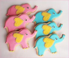 Elephant cookies for an Elephant Baby Shower Theme Elephant Party, Elephant Theme, Elephant Baby Showers, Elephant Food, Galletas Cookies, Cute Cookies, Sugar Cookies, Heart Cookies, Simple Baby Shower