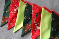 Guirlande de Fanions sur le thème de Noël - Noël enfantin: rennes, bonhommes de pain d'épice : Accessoires de maison par missbeelittle