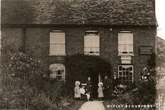 Displaying Post Office_Great Witley_Moule family.jpg
