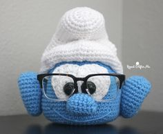 Crochet Brainy Smurf Glasses Holder