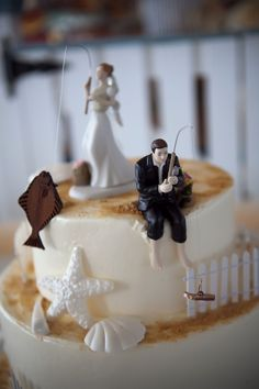 Wedding Cakes Fishing Cake toppers from our wedding- bride with halibut and groom with boot Funny Wedding Cake Toppers, Wedding Topper, Wedding Bride, Our Wedding, Fall Wedding, Wedding Ideas, Country Wedding Cake Toppers, Wedding Shoes, Wedding Colors