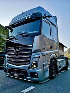 Show Trucks, Big Rig Trucks, Mb Truck, Marathon Coach, Customised Trucks, Bmw E30 M3, Mercedes Benz Trucks, Heavy Truck, Pick Up
