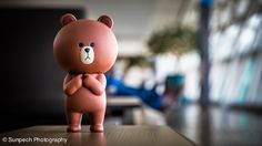 02-Waiting-at-the-Airport_600px.jpg (600×338)