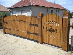 Fence Gate, Fences, Barbecue Garden, Wooden Gates, Front Gates, Side Door, Fence Design, Log Homes, Wood Doors
