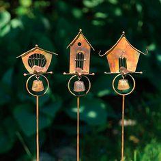 Gift Ideas for Gardeners Gardening Magazines, Fine Gardening, Holiday Gifts, Holiday Decor, Garden Sculptures, Holiday Looks, Garden Gifts, Pottery Ideas, Garden Ideas