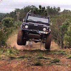 "Land Rover Defender : ""Them Duke boys don't mean any harm. Defender Camper, Land Rover Defender 110, Landrover Defender, Defender 90, Adventure 4x4, Off Road Adventure, Bushcraft, Range Rover Off Road, Best 4x4"