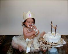 @Kristy Lane Miller    Felt Birthday Crown. $28.00, via Etsy.