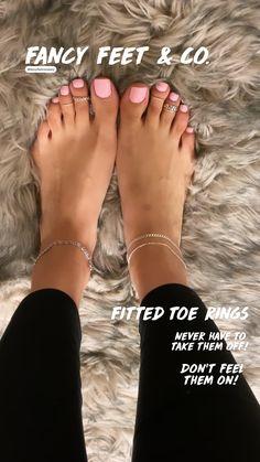 Acrylic Toe Nails, Black Toe Nails, Pink Toe Nails, Pretty Toe Nails, Toe Nail Color, Cute Toe Nails, Pink Toes, Feet Nails, Cute Toes