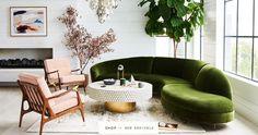 green velvet serpentine sofa #greenvelvetsofa #greenvelvetcouch #serpentinesofa #serpentinecouch #greensofa #greencouch #partner