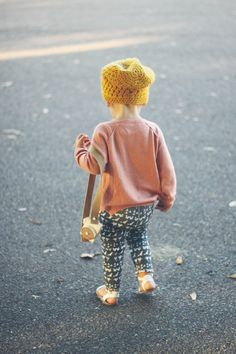 Cute :) Would be great to have fun with my kiddo's style! Kelli Murray's daughter--cutest outfit ever!