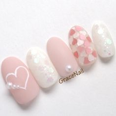Make an original manicure for Valentine's Day - My Nails Nail Manicure, Diy Nails, Love Nails, Pretty Nails, Nail Art Designs, Valentine Nail Art, Kawaii Nails, Sparkle Nails, Japanese Nails