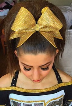 I Like This No Poof Cheer Look Once Find A Guy With Pretty Hair Ill Have To Get Some Nice Bows So Can Make Him Wear His For