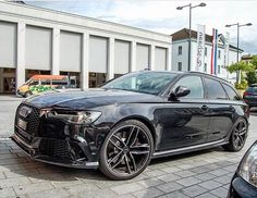 May I introduce to you: Mr. Black All black #Audi #RS6…