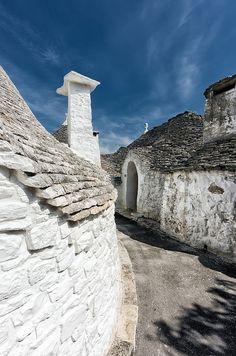 Alberobello, Puglia, Italy  ♥ ♥   www.paintingyouwithwords.com