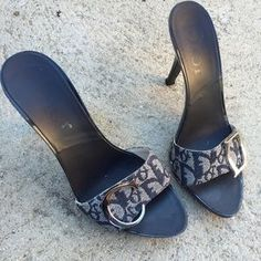 I just discovered this while shopping on Poshmark: CHRISTIAN DIOR SZ 6 MONOGRAM BLUE HEELS PUMPS. Check it out!  Size: 6