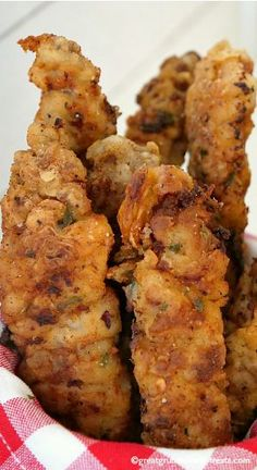 This Chicken Fried Steak Fingers recipe is a perfect crunchy, crispy appetizer that is delicious served with a gravy dipping sauce. Seared Salmon Recipes, Pan Fried Salmon, Pan Seared Salmon, Catfish Recipes, Beef Recipes, Chicken Recipes, Cooking Recipes, Dutch Recipes, Salads