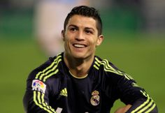 Cristiano Ronaldo is a professional soccer player who has set records while playing for both Manchester United and Real Madrid. Football Players Pictures, Good Soccer Players, Camp Nou, Neymar, Manchester United, Premier League, Fifa, Psg, Sunderland Football