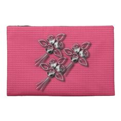 Mother's-Day_MOM-Silver_Roses(c) Travel Accessory Bags
