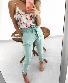Calça Antonia Alfaiataria Outfits Mujer, Dressy Outfits, Girly Outfits, Spring Outfits, Cool Outfits, Black Outfits, Woman Outfits, Business Casual Attire, Business Outfits
