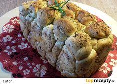 Trhací bylinkovo - česnekový chlebík z domácí pekárny recept - TopRecepty.cz Recipe Mix, Baked Potato, Cauliflower, Muffin, Potatoes, Program, Baking, Vegetables, Breakfast