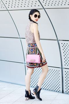 FASHION TRICKS AND TIPS  4 WAYS TO MIX PATTERNS WITH PATTERNS - Olivia  Lazuardy 74cea36ad69ea