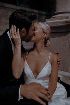 Wedding Goals, Wedding Pictures, Our Wedding, Dream Wedding, Wedding Photographie, Foto Glamour, Couple Aesthetic, Wedding Photo Inspiration, Girls Dream