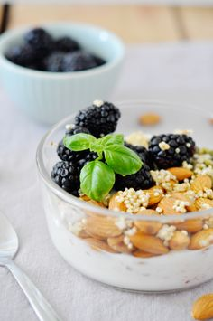 Healthy (and delicious) quinoa breakfast bowl.