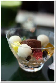 TORAYA Ginza, Shiratama Dango Dumplings and Sweet Azuki Red Bean Cream|とらやの白玉スィーツ