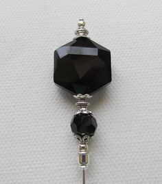 Black Crystal Glass Antique Silver Plated Hat Pin Stick Pin