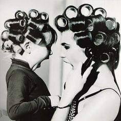 32 Wonderful, Creative, Unique Ways to Take a Family Photo - DIY
